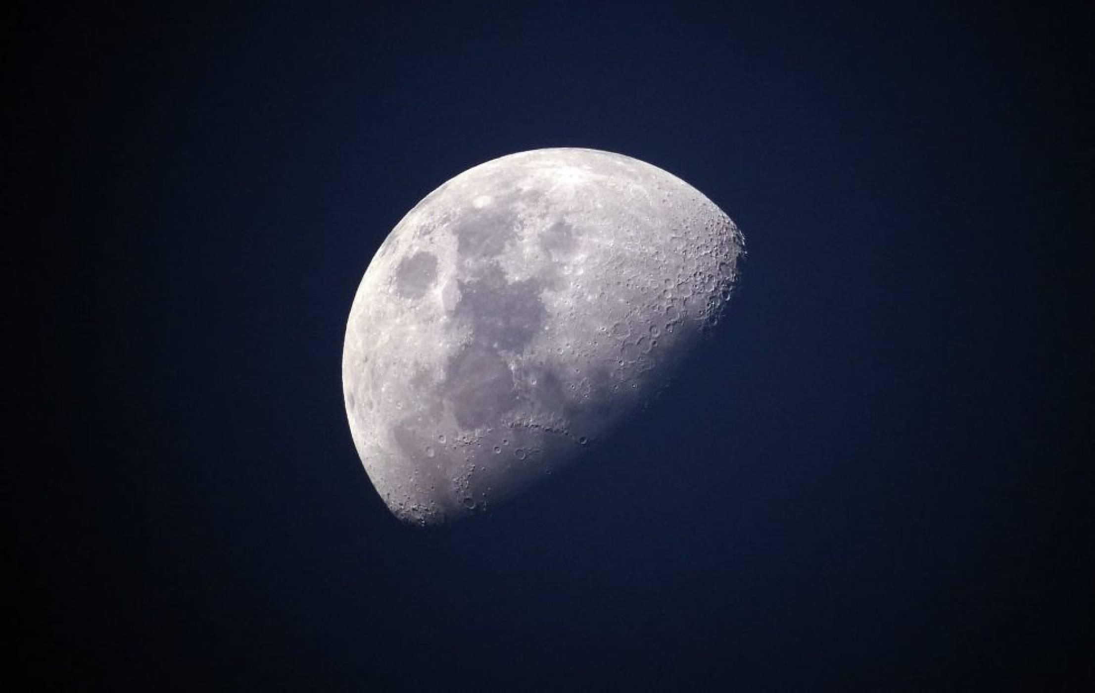 LTE връзка може да ни свърже с Луната още догодина