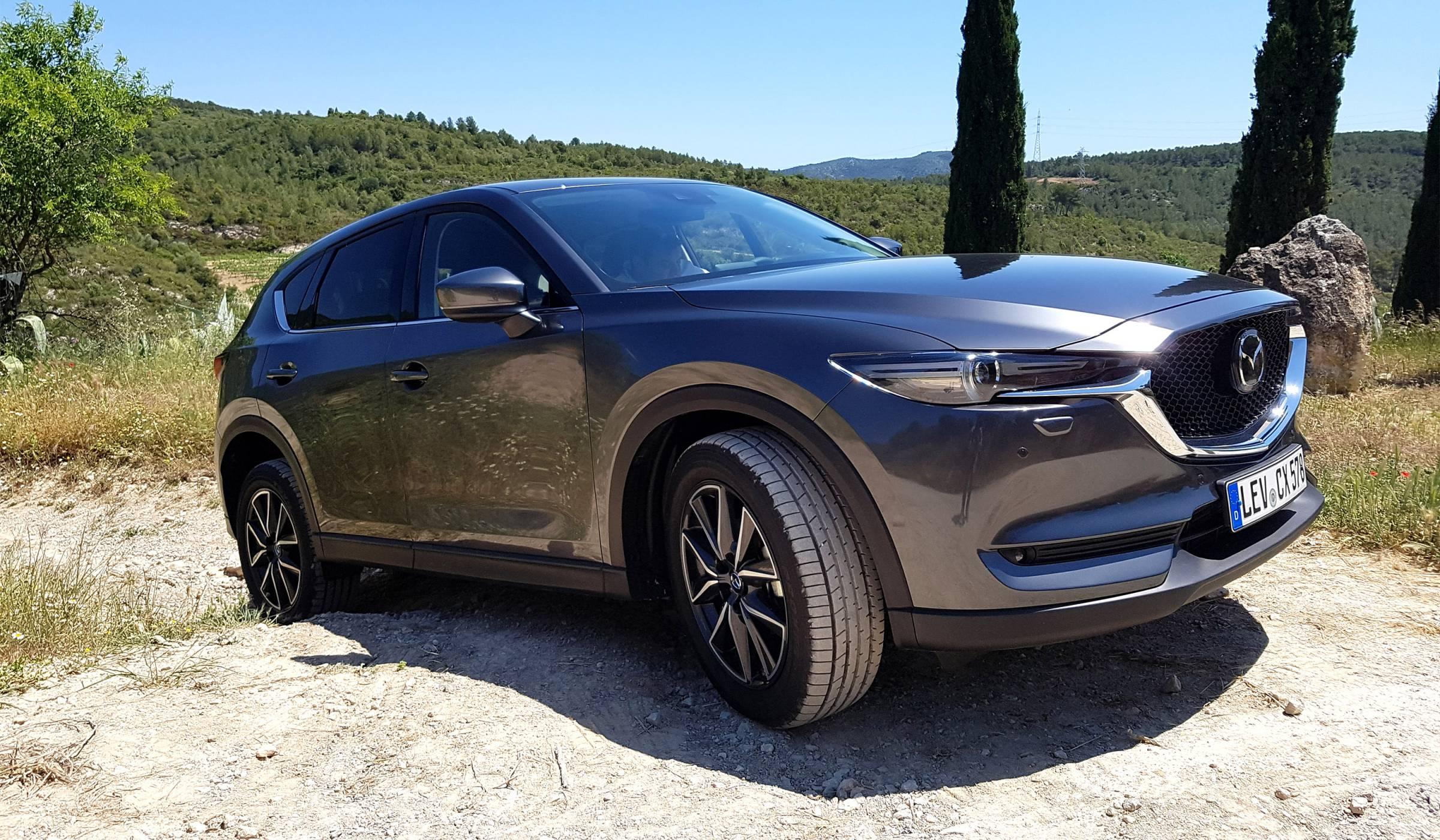 Mazda CX-5: автомобилът, заради който ще станете по-рано (видео)