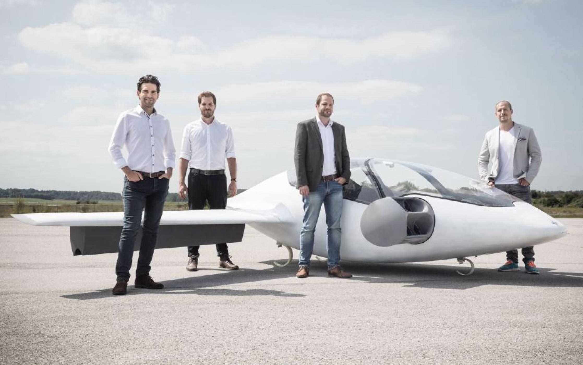 Компанията Lilium ще разработва електрически летящи таксита