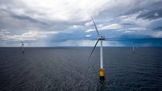 Първата плаваща вятърна централа заработи край Шотландия