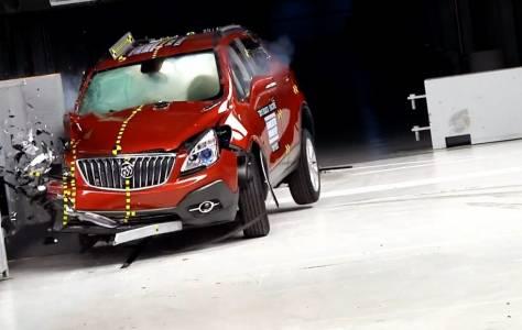 Най-тежкият тест за автомобилни катастрофи става още по-брутален