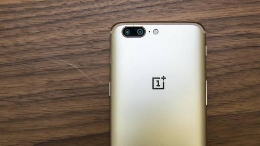 Изтекло видео разкрива тайните на OnePlus 5T дни преди премиерата