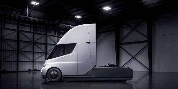 Камионът на Tesla: най-наелектризиращото предложение на компанията до момента