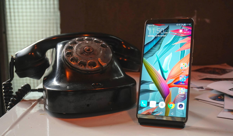Huawei Mate 10 Pro: красивият ум и неуморната батерия (видео ревю)