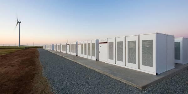 Южна Австралия има най-голямата литиево-йонна батерия в света, благодарение на Илон Мъск