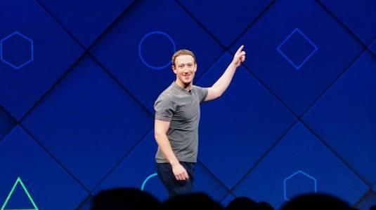 Facebooк с пощенски картички срещу политическите влияния в мрежата