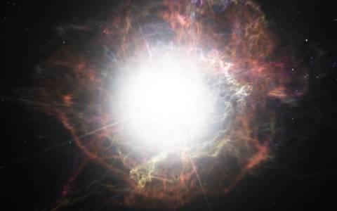 Астроном любител случайно засне първата снимка на експлодираща звезда