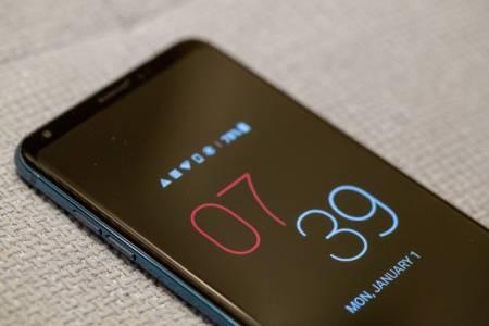 LG V30S ThinQ е по-интелигентната версия на V30