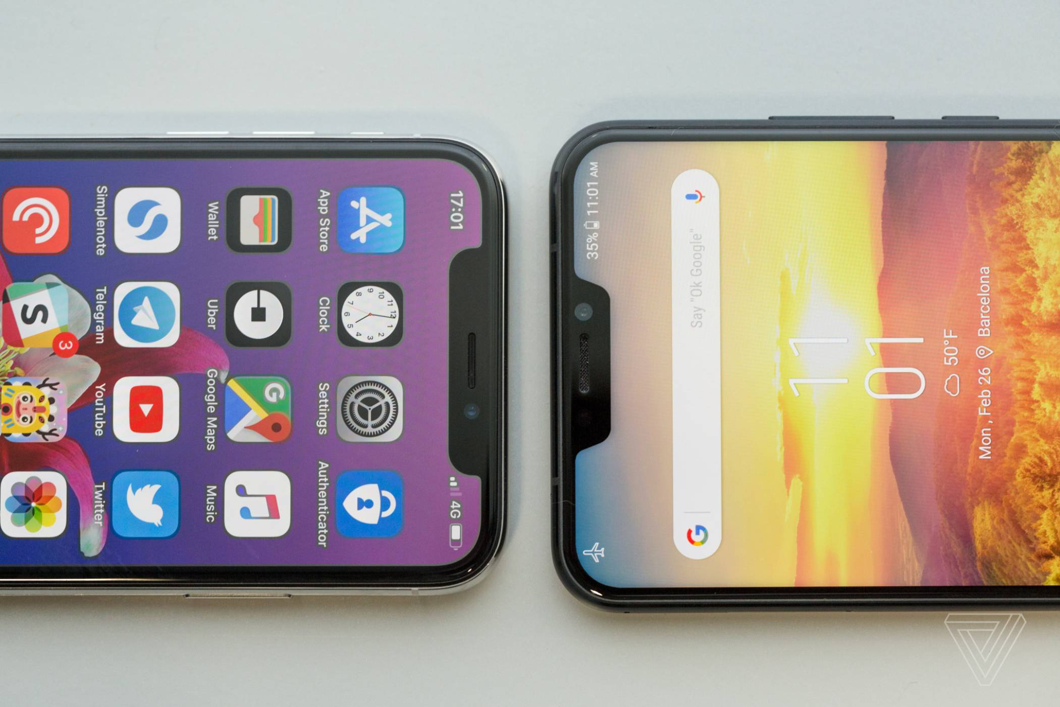 В света на прорезите, или как Apple спечели MWC 2018