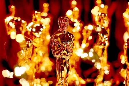 """Кой победи на снощните награди """"Оскар"""""""