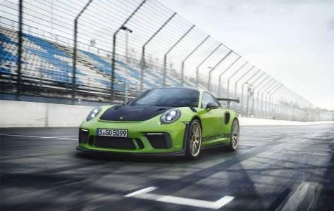 Не е далеч моментът, когато летящо Porsche такси може да кацне до вас