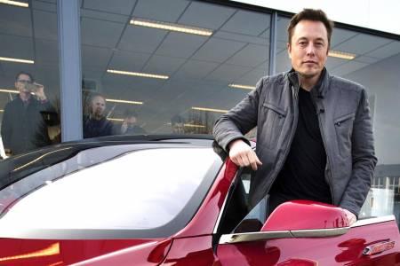 Илон Мъск ще открие център за развойна дейност на Tesla в Гърция