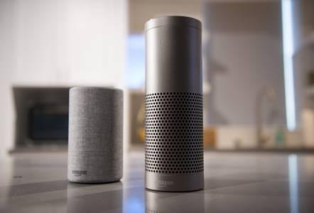 Домашният асистент Alexa плаши потребителите със своя смях