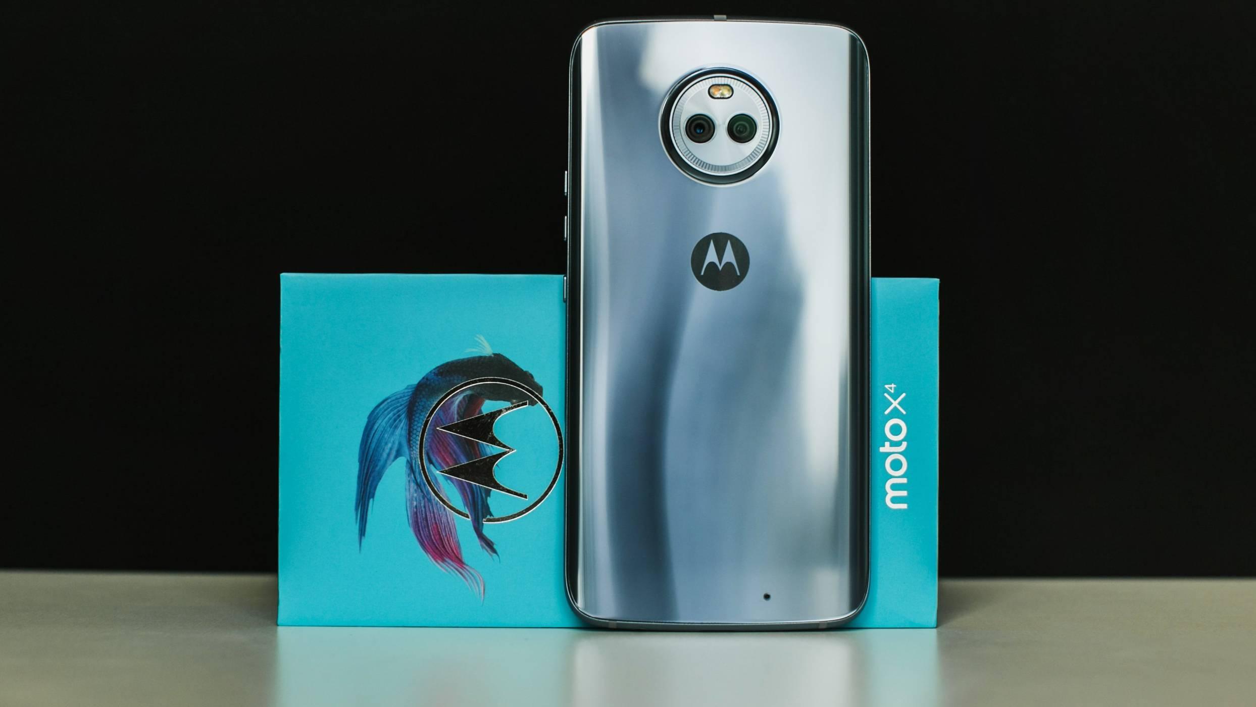 Уволненията в Motorola са преувеличени, серията Moto Z ще просъществува