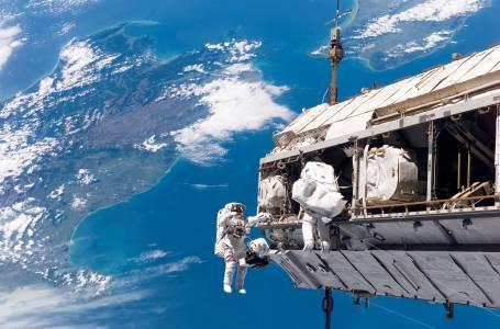 Твърденията, че Космосът е променил гените на астронавта Скот Кели, са лъжа