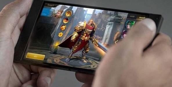 Xiaomi Blackshark SKR-A0 привлича вниманието в GeekBench