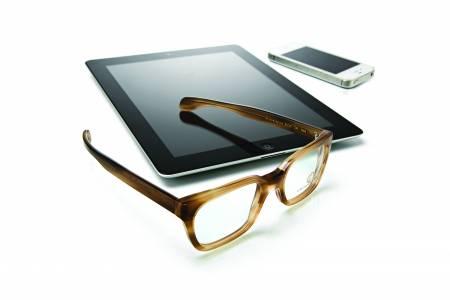 ZEISS Digital Lenses намаляват стреса при ползване на смартфони