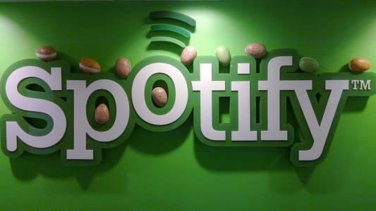 2 милиона души ползват хакнатото приложение за Spotify, за да слушат без реклами