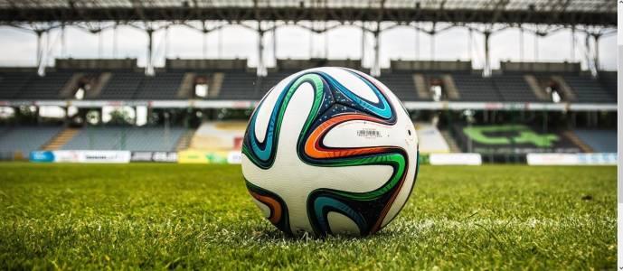 Футбол 2.0: когато техниката излезе на терена