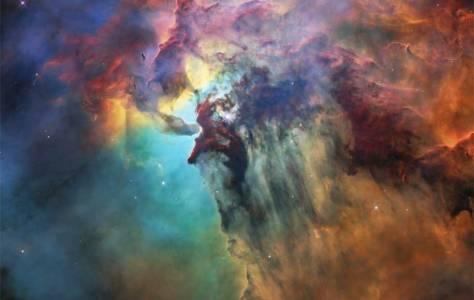 """Отбележете 28-та годишнина на """"Хъбъл"""" с тези разкошни космически панорами"""