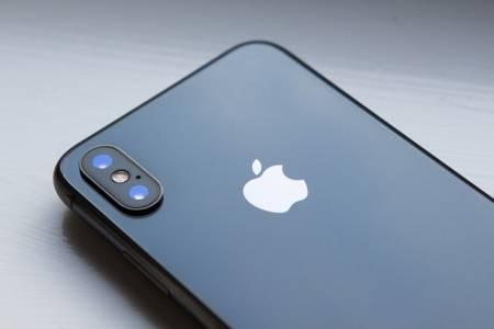 Слабото търсене на iPhone X помрачава финансовите прогнози за Apple