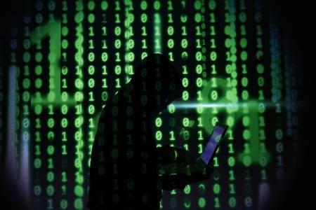 Безпрецедентна присъда за 15-годишния хакер, който тормозеше шефовете на ФБР и ЦРУ