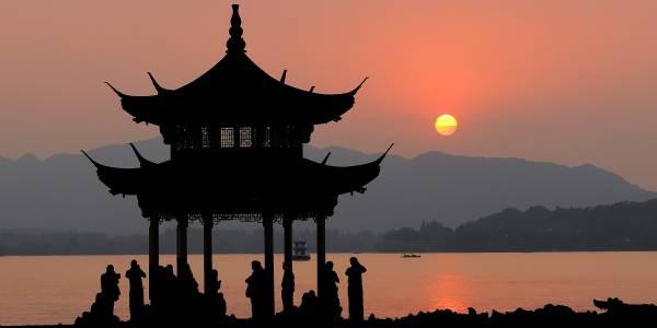 Изкуствен интелект върти цял клон на банка в Китай