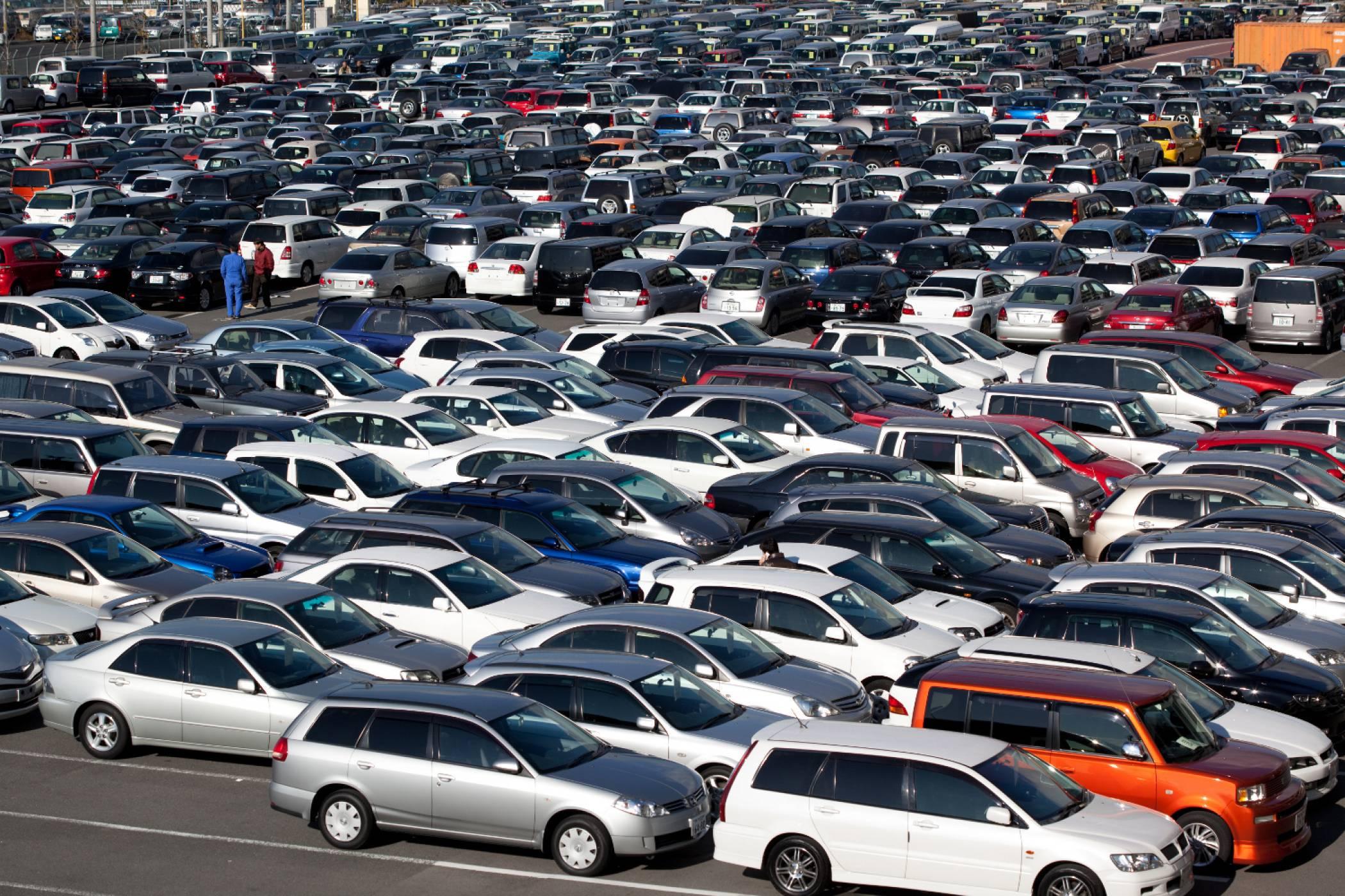 Какво предлага пазарът на старо: 10 употребявани автомобила до 10 000 лева