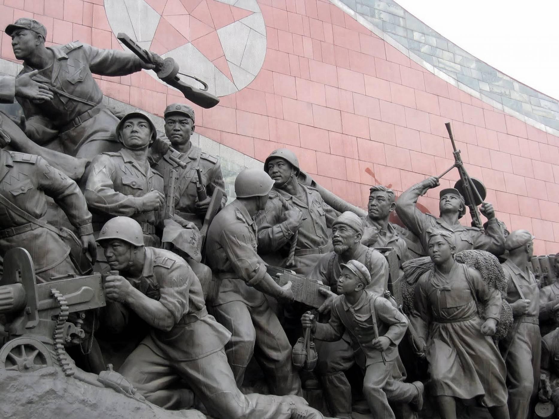 Северна Корея тормози бегълци от режима с Android малуер