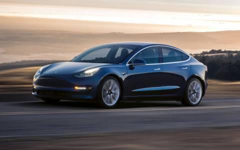 Model 3s на Tesla ви дава 3.5 секунди ускорение за 78 000 долара