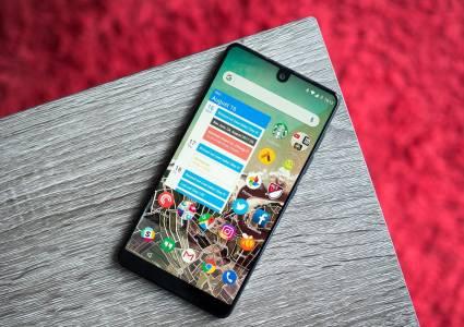 Втори Essential телефон няма да има, компанията си търси купувач