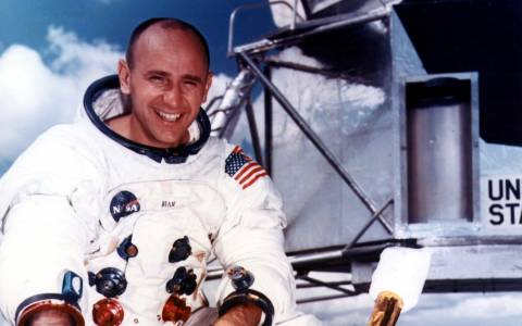 Почина четвъртият човек, стъпил на Луната