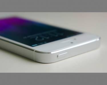 iPhone SE може изобщо да не се появи тази година