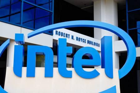 Шефът на Intel подаде оставка заради връзка със служителка