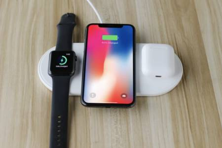 Универсалното зарядно Apple AirPower идва до септември