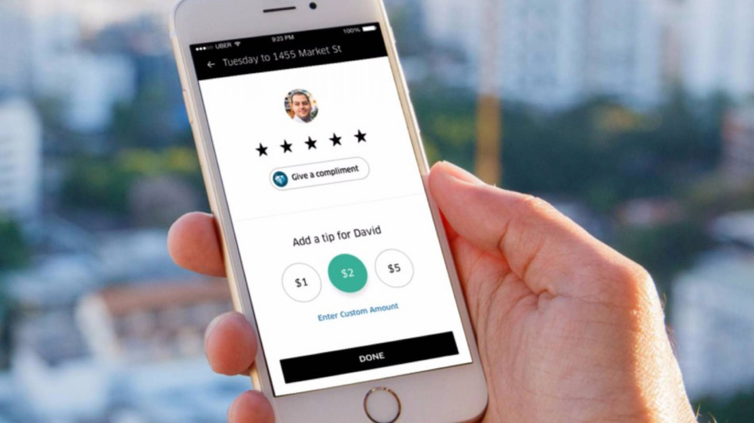 Водачите на Uber изкарали 600 млн. долара от бакшиши