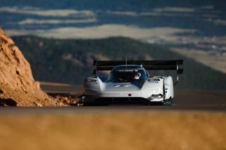 Volkswagen I.D. R EV покори Пайкс Пийк за рекодно време
