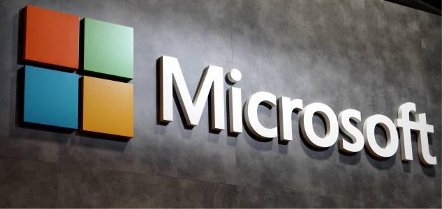 Облачните услуги и хардуерът движат бизнеса на Microsoft