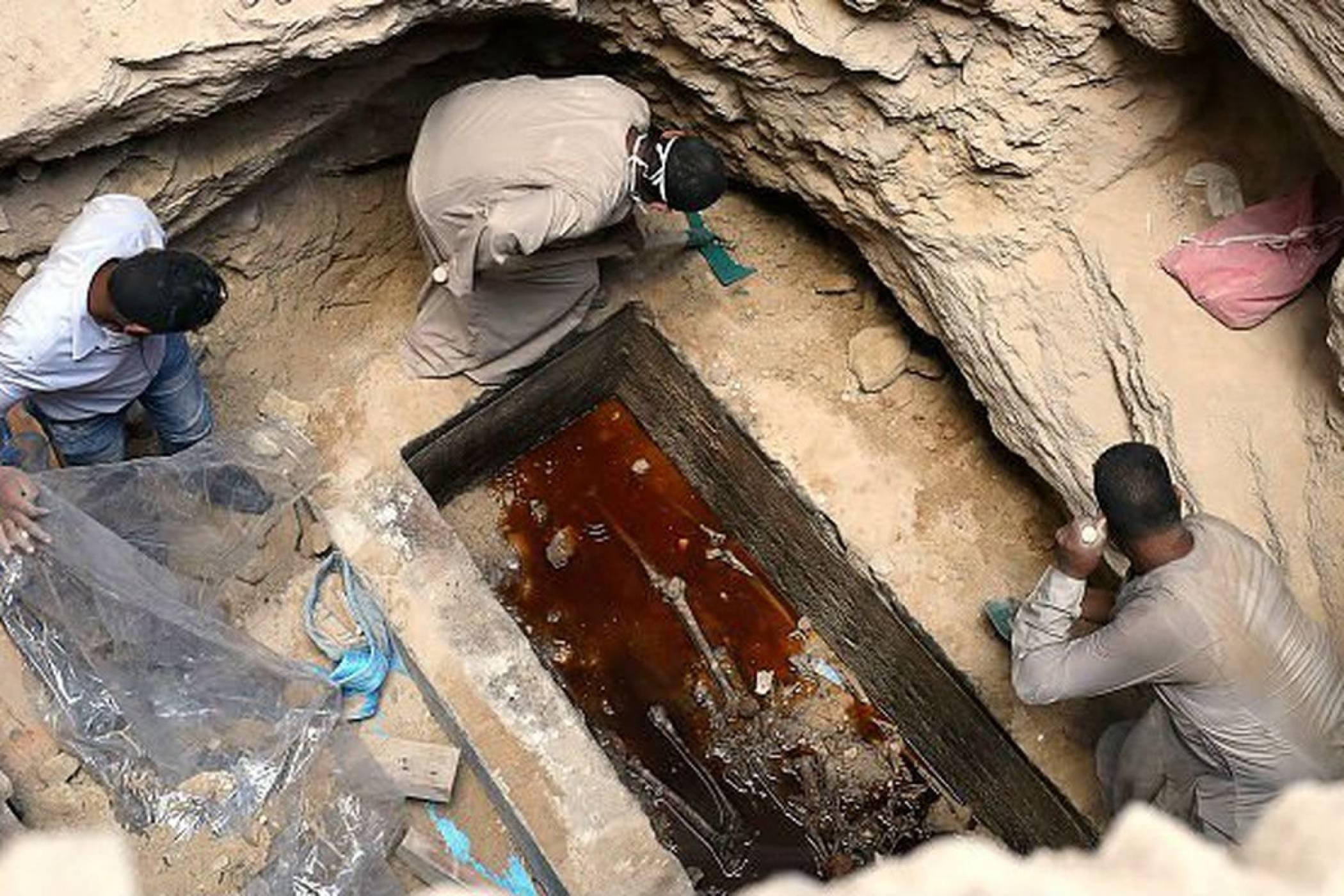 Отвориха саркофага, който беше открит в Александрия