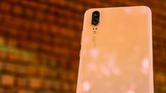 Безпрецедентно: Huawei задмина Apple по доставки на смартфони през изминалото тримесечие