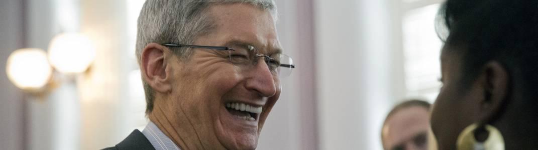 Директорът на Apple Тим Кук дари 5 млн. долара за благотворителност