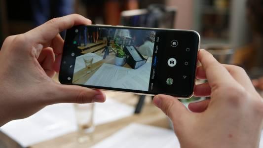 Huawei Mate 20 Litе – смартфонът за младите бизнесмени