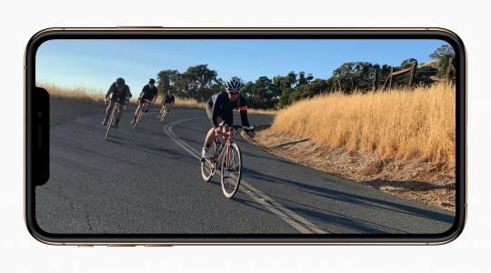 Високите цени на iPhone тревожат доставчиците на Apple