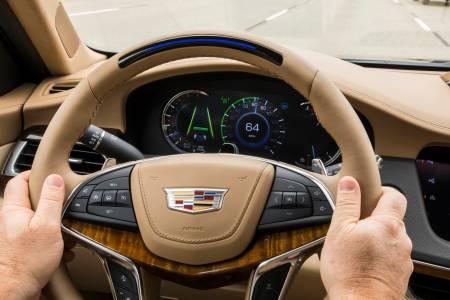 Автопилотът на GM измести Tesla от върха на престижна класация