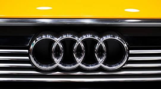 Huawei ще захранва самоуправляващите се коли на Audi в Китай