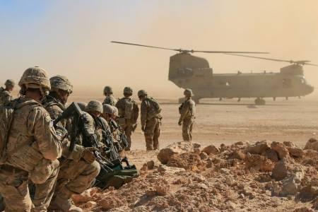 Американската армия привлича донаборници с отбор по Fortnite