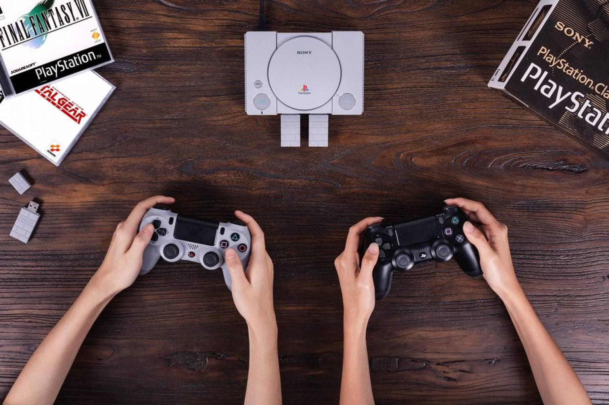 Скоро ще може да ползвате вашия PS4 контролер с PlayStation Classic