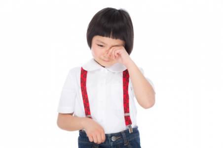 Смартфоните увреждат зрението на милиони японски деца