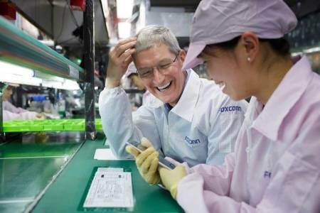 Apple променя производствения процес на iPhone X серията