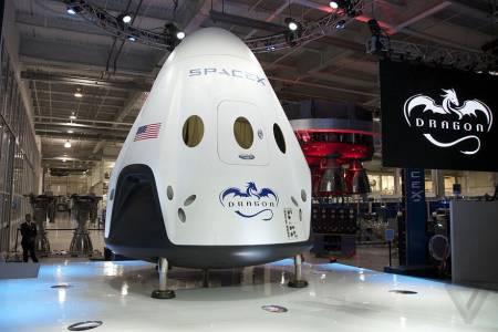 SpaceX вече ще покорява Космоса с 10 процента по-малко служители